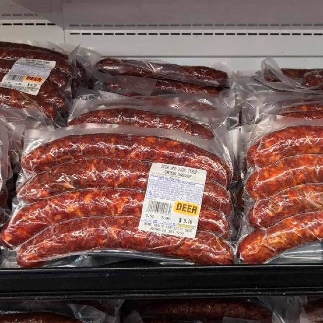 Deer and pork smoked sausage is back!  We have deer and pork, deer and pork with cane syrup.  We also have deer and pork fresh sausage.